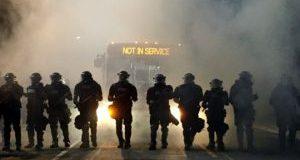 امریکہ سیاہ فاموں کی ہلاکتوں پر مظاہرے،12پولیس اہلکار زخمی