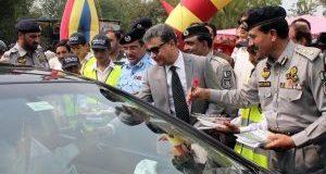 اسلام آباد میں روڈ انفراسٹرکچر اور چوراہوں کو کشادہ کرنیکی منصوبہ بندی کر رہے ہیں، شیخ انصر عزیز