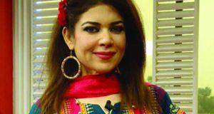 پلاسٹک سرجری نے اداکارہ مشی خان کی شخصیت ہی بدل دی