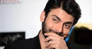 بھارتی فلم ساز فواد خان کے ساتھ کام کرنے کے منتظر