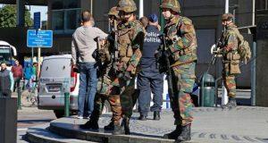 بیلجیئم میں پولیس اہلکاروں کو چاقو مار کر زخمی کر دیا گیا
