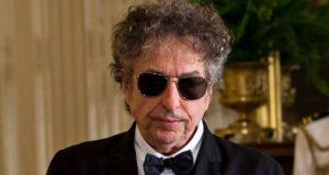 'باب ڈِلن کا نوبل انعام نظرانداز کرنا تکبر ہے '