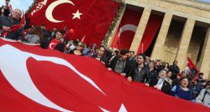 ترکی میں ناکام فوجی بغاوت کے بعد مزید 'دس ہزار سرکاری ملازمین برطرف'