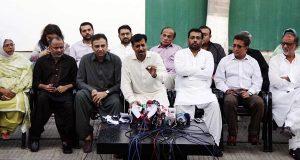 عشرت العباد استعفی دیں اور الزامات کا سامنا کریں، ناہید خان