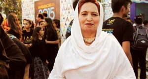 مشہور پشتو گلوکارہ معشوق سلطانہ انتقال کر گئیں