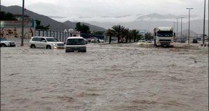 سعودی عرب میں شدید بارشیں اور سیلاب، 15 افراد جاں بحق