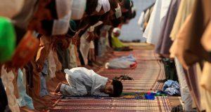 نماز کمردرد سے بچاؤ میں مددگار