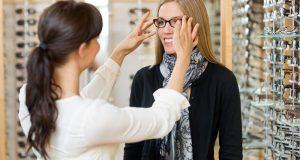چہرے کے مطابق بہترین چشمہ کیسے منتخب کریں؟
