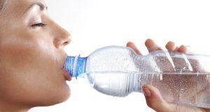 جسم میں پانی کی کمی کی حیران کن علامات