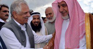 امام کعبہ پشاور پہنچ گئے،سعودی وزیر کی پاکستان کا حج کوٹا بڑھانے کی یقین دہانی