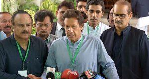 پانامہ کیس جے آئی ٹی: اداروں نے انصاف نہ کیا تو قوم معاف نہیں کریگی، عمران خان