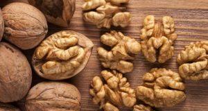 اخروٹ کھانے سے بچوں کا دماغ تروتازہ رہتا ہے، تحقیق
