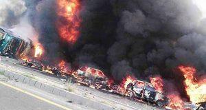 بہاولپور آئل ٹینکر حادثہ، آگ سے جھلس کر 150افراد جاں بحق0 10سے زائد زخمی