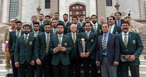 وزیراعظم ہاؤس میں قومی ٹیم کے اعزاز میں استقبالیہ، کھلاڑیوں میں چیک تقسیم کیے گئے