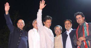 شریفوں کادور ختم ہونیوالا ہے: مظلوم بن کر قوم سے ووٹ مانگ رہے ہیں: عمران خان