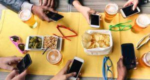 کیا آپ اسمارٹ فون کی زہر آلودگی کا شکار ہیں؟