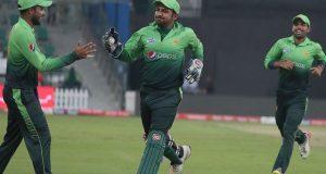 پاکستان نے سری لنکا کو چوتھے ون ڈے میں بھی شکست دے دی