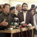 ارکان اسمبلی اےک مجرم کی حفاظت کر رہے ہےں، عمران خان