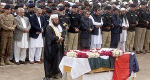 پشاور میں خود کش حملہ: ایڈیشنل آئی جی محمد اشرف نور شہید