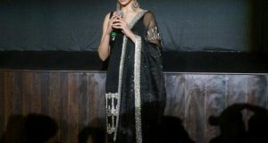 دپیکا فلم ''پدماوتی'' پرانتہا پسند ہندوؤں کے سامنے ڈٹ گئیں