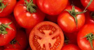 تمباکو نوشی سے ہونے والا نقصان ٹماٹر سے دور کیجیے