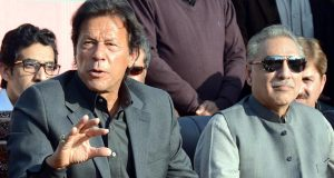 شریف خاندان نے ملازموں کے ذریعے منی لانڈرنگ کرائی، عمران خان ثبوت سامنے لے آئے