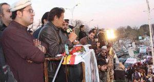 قبائلیوں کے مطالبات آرمی چیف تک پہنچاﺅں گا، عمران خان