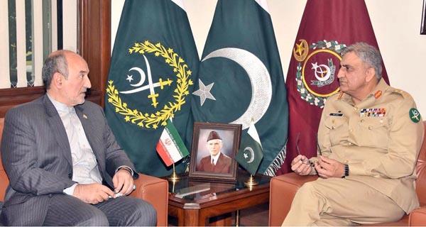 راولپنڈی، آرمی چیف جنرل قمر جاوید باجوہ سے ایرانی سفیر مہدی ہنر دوست ملاقات کر رہے ہیں