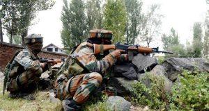 مقبوضہ کشمیر میں مسلح افراد کے حملے میں بھارتی کیپٹن سمیت 4 فوجی ہلاک