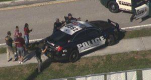فلوریڈا کے ہائی اسکول میں فائرنگ، 17 افراد ہلاک