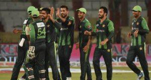 پاکستان نے تاریخ کی دوسری بڑی فتح کو گلے لگالیا