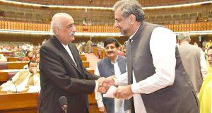 نفرت کی سیاست اور انتخابات میں تاخیر کے متحمل نہیں ہو سکتے ' شاہد خاقا ن عباسی