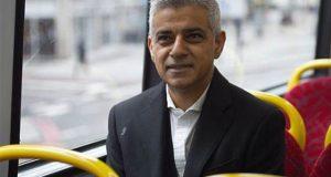 میئر لندن کا عوامی مقامات پر جنک فوڈ کے اشتہارات پر پابندی لگانے کا فیصلہ