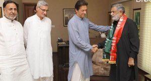 ن لیگ کو ایک اور جھٹکا سردار غلام عباس پی ٹی آئی میں شامل
