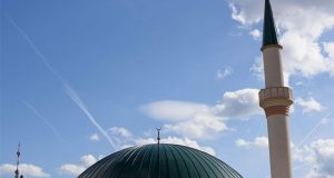 آسٹریا کا 7 مساجد کو بند کرنے اور آئمہ کرام کو ملک بدر کرنے کا اعلان