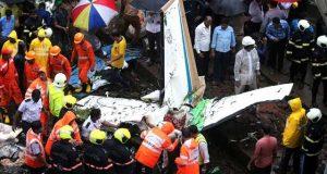 ممبئی میں طیارہ گر کر تباہ، 5 افراد ہلاک
