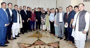 بلاامتیاز احتساب ہوگا:بڑی شخصیات بھی پکڑی جائیں گے، عمران خان