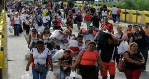 برازیل نے وینزویلا کی سرحد مختصر بندش کے بعد کھول دی