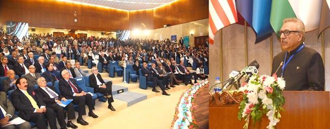 اسلام آباد:۔ صدر ڈاکٹر عارف علوی پانی بحران کے حل سے متعلق بین الاقوامی سمپوزیم کی افتتاحی تقریب سے خطاب