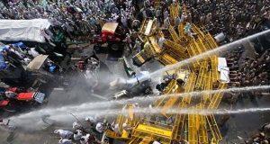 بھارت میں 70 ہزار کسان مودی سرکار کے خلاف سراپا احتجاج