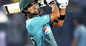 پہلا ٹی 20، پاکستان کی نیوزی لینڈ کیخلاف بیٹنگ جاری