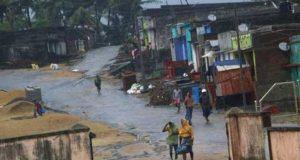 بھارتی ریاست آندھرا پردیش میں طوفان ''تتلی'' سے 8 افراد ہلاک