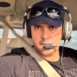 فخر عالم خود جہاز اڑا کر دنیا بھر کا سفر کرنے کو تیار