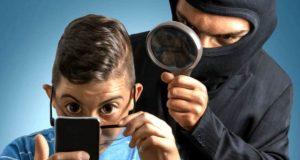 ایپل اور گوگل پر شریکِ حیات کی جاسوسی کرنے والی ایپس برائے فروخت
