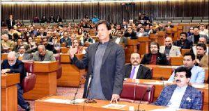 بجلی اور گیس چوری میں ملوث عناصر کو بے نقاب کیا جائے، عمران خان