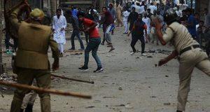 مقبوضہ کشمیر میں قابض بھارتی فوج نے سیکڑوں کشمیریوں کو گرفتار کرلیا