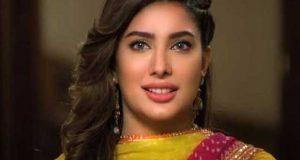پاکستانی گانے چرانے پر مہوش حیات بالی ووڈ پر پھٹ پڑیں