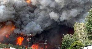 آسٹریلیا کے جنگلات میں آگ بھڑک اُٹھی، 3 ہلاک اور درجنوں زخمی